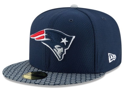 0d8a3047585 New England Patriots 2017 Official NFL Sideline New Era 59FIFTY Cap
